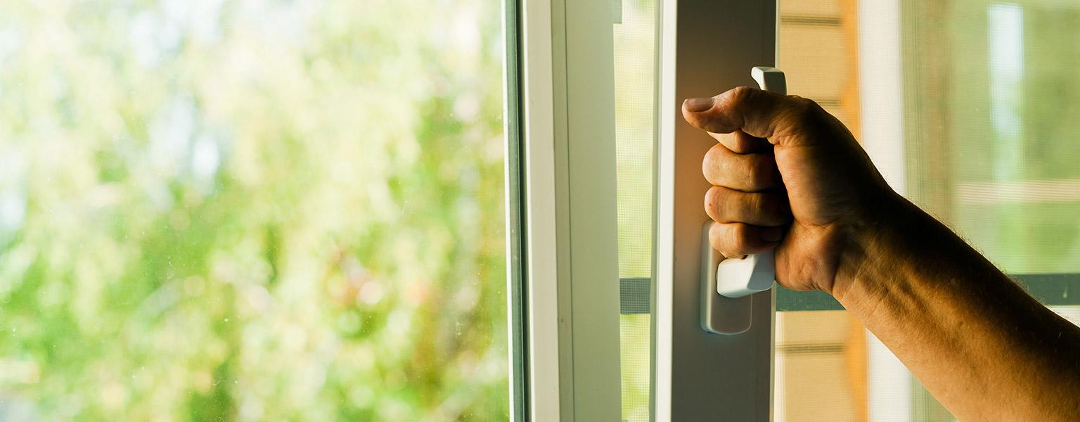 Ovet, ikkunatja tarvikkeet